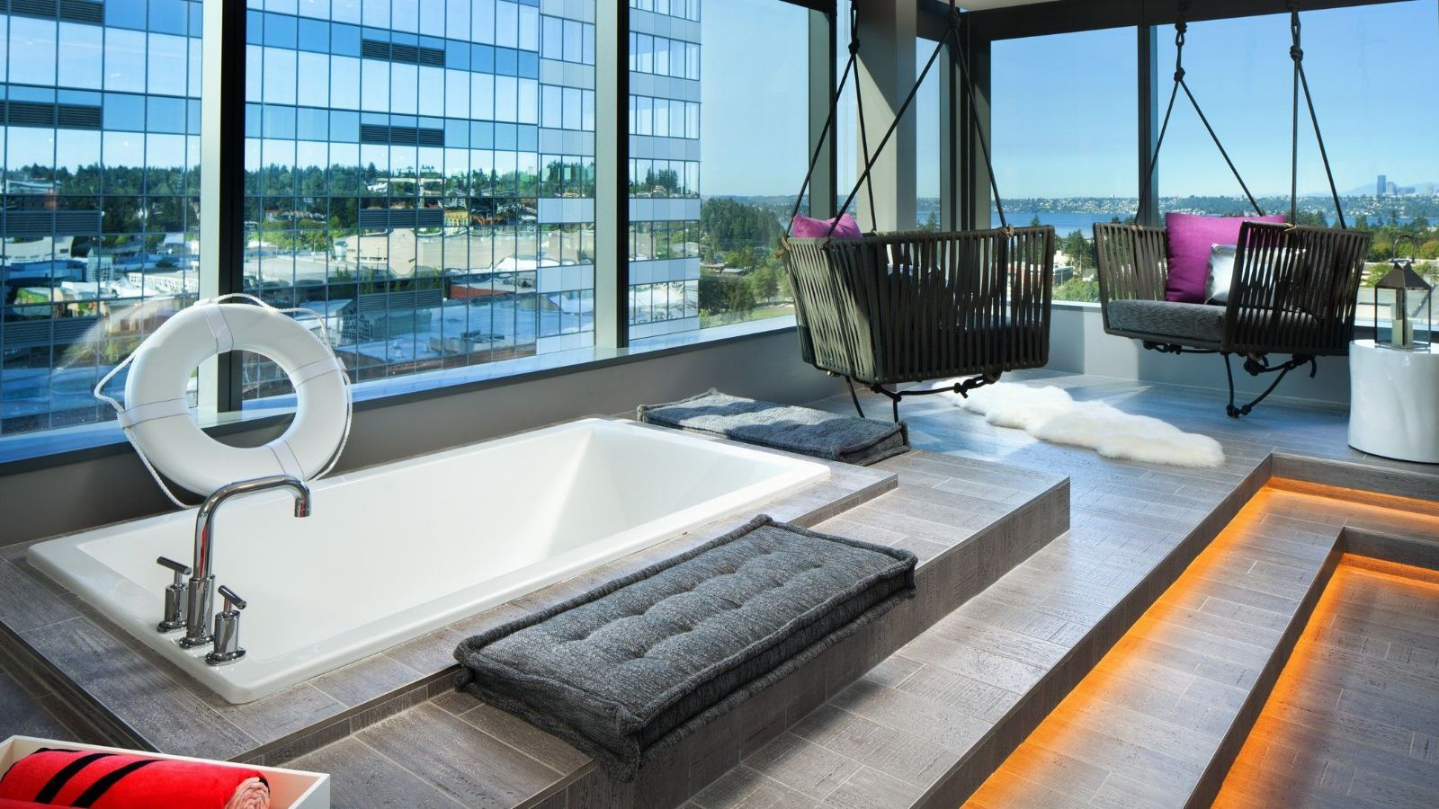 Extreme WOW Suite | W Bellevue