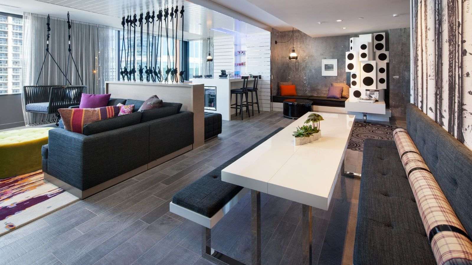 WOW Suite | W Bellevue